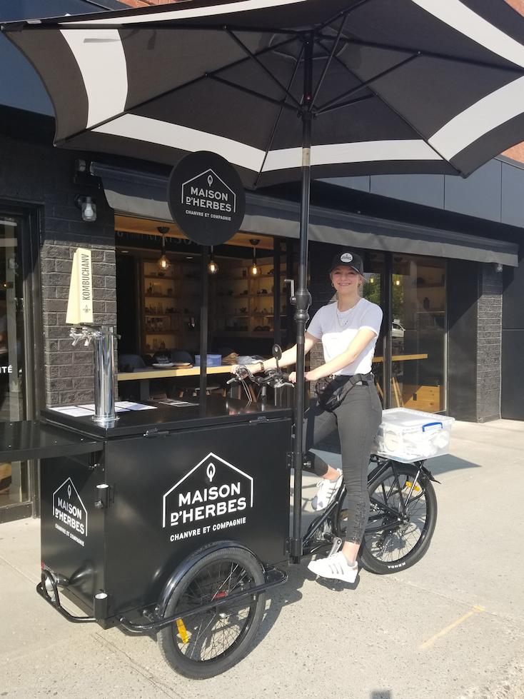 Café-vélo-de-la-Maison-dHerbes-premier-vélo-de-cuisine-à-Drummondville-2.jpg